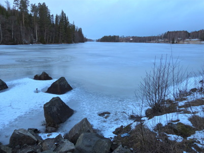 17 januari 2015 - Isen såg inbjudande ut på Töck och Torsviken.