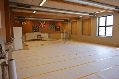 12 mars 2015 - Den nya träningslokalen i före detta badhuset hade fått nytt golv.