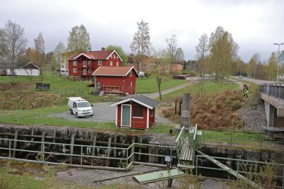 5 maj 2015 - Kommunen startade arbetet med att snygga till området vid övre slussen.