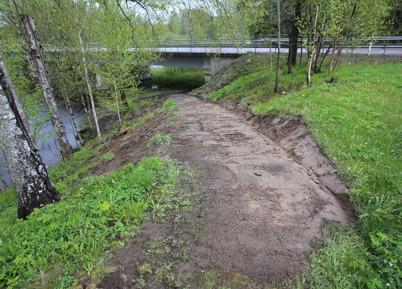 """19 maj 2015 - Kommunen snyggade även till  """"Kärleksstigen""""."""