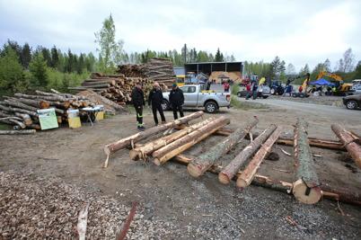 22 maj 2015 - Och så var det skogs- och maskindag vid Töcksfors fjärrvärmecentral.