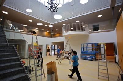 28 maj 2015 - Nya Nordmarkens skola i Årjäng städades inför kommande inflyttning.
