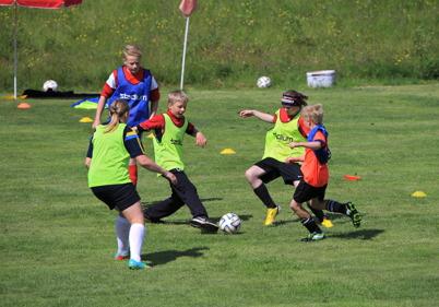 23 juni 2015 - På Hagavallen spelade ungdomarna fotboll i TIF:s fotbollskola.