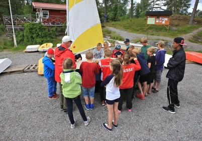 29 juni 2015 - Och i Sandviken var det seglarskola.
