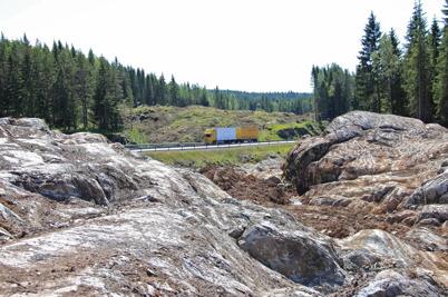 2 juli 2015 - Den nya sträckningen av E18 mellan gränsen och Örje kunde skönjas.