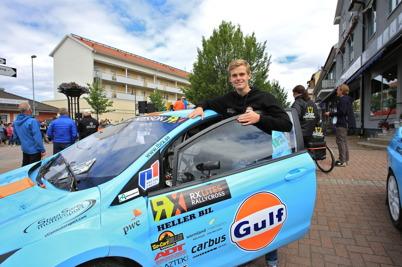 10 juli 2015 - I Årjäng kunde man se rallycrossföraren Thomas Bryntesson i samband med hästkrafthelgen.