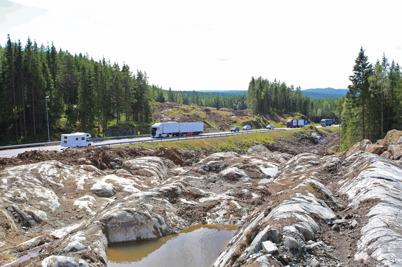 27 juli 2015 - Snart skulle bergryggarna sprängas bort vid E18-bygget på norska sidan gränsen.