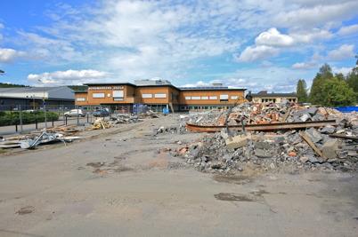 3 augusti 2015 - Och i Årjäng återstod bara en stenhög av Silbodalskolan.