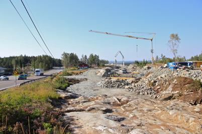 21 augusti 2015 - Och vid gränsen byggde man ny väg.