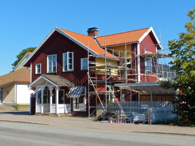 "23 augusti 2015 - ""Bernhardshuset"" i centrala Töcksfors genomgick yttre renovering."