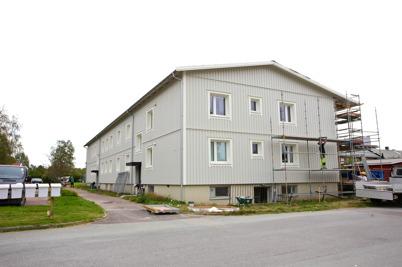 24 augusti 2015 - Vid Västra Torggatan 2 plockades byggställningarna ner.
