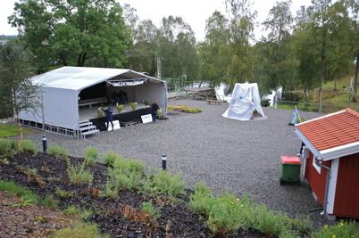 5 september 2015 - Scenen stod klar och skulpturen var på plats, då var allt klart för 100-års firandet av Kanalen Stora Lee - Östen.