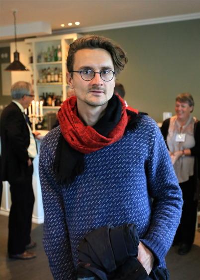 5 september 2015 - Naturligtvis var konstnären Justus Braunschweig, skaparen av konstsmides-räcket i Kanalparken, inbjuden till jubileums-lunchen.