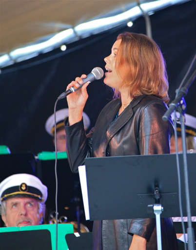 5 september 2015 - Ulrika Lindkvist bjöd på vacker sång.