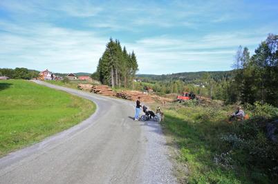 10 september 2015 - I Ivarsbyn öppnade man upp terrängen och skapade bl a ny betesmark.