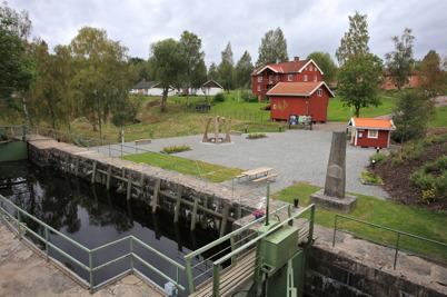 12 september 2015 - I Töcksfors kunde man beskåda den nya Kanalparken.