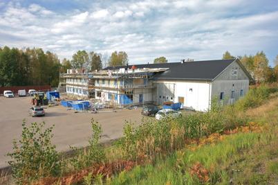 1 oktober 2015 - Nordic solars bygge hade fått en andra våning.