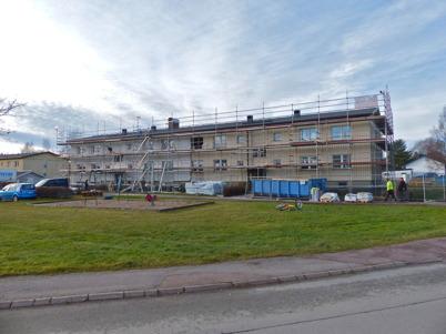 11 november 2015 - Renoveringen av hyresfastigheten Västra Torggatan 3 i Töcksfors gick också snabbt framåt.