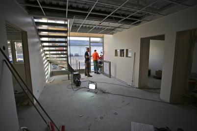 11 december 2015 - Entrén i Nordic solars nya byggnad börjar ta form.