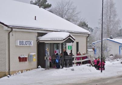 11 februari 2010 - Elever från Töcksfors skola besöker biblioteket.
