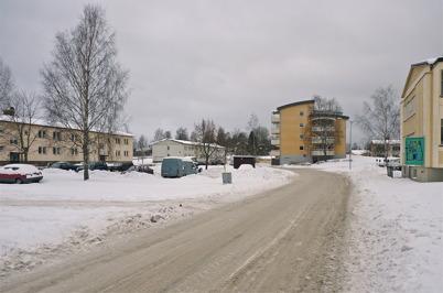 17 januari 2010 - Västra Torggatan med Töcksfors första höghus.
