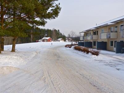 29 januari 2010 - Hyreshusen vid norra delen av Bögatan. I bakgrunden syns Näset.