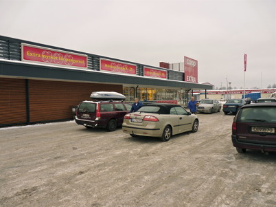 16 januari 2010 - Coop EXTRA ( Konsum Värmland ) är en av fyra stora matvarubutiker i Töcksfors.