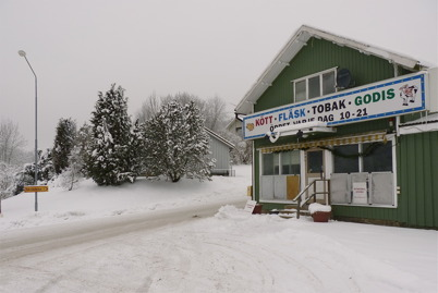 14 januari 2010 - EU-shopen i Hån är stängd på grund av en omfattande bedrägerihärva med skimning av kontokort.