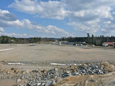 4 april 2010 - Området intill nya E18 där första etappen av Töcksfors handelspark skall byggas,