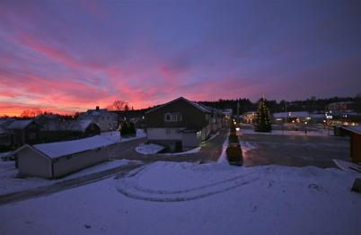 31 december 2015 - Solen gick upp över Töcksfors på årets sista dag.