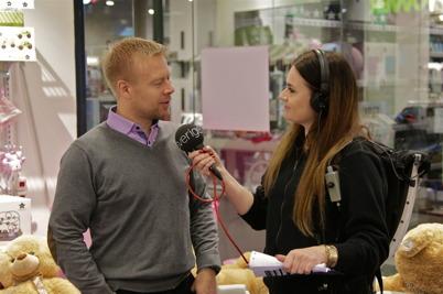 Centerchefen Lars Erik Eröy intervjuades om hur julhandeln utvecklar sig.