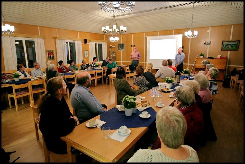 Ett första informationsmöte hölls i Församlingshemmet 21 oktober 2014.