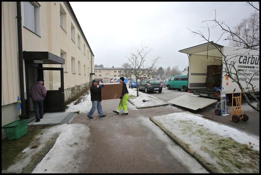 17 februari 2015 - Evakuering av lägenheter.