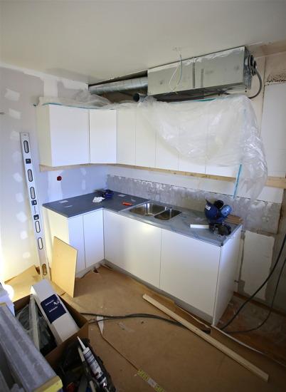 1 april 2015 - Kök med ny inredning och ny ventilation.