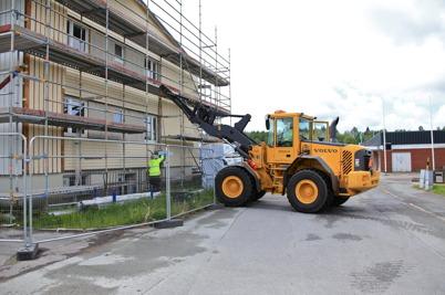 24 juni 2015 - Arbete med att iordningsställa källaren.