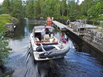 26 juni 2010 - Färden går vidare mot sjöarna Töck och Östen.