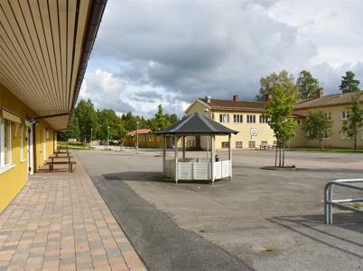 29 augusti 2010 - Töcksfors skola årskurs 1-9.