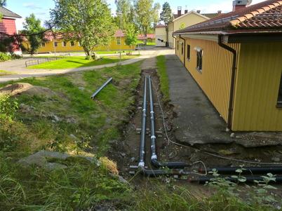 25 augusti 2010 - Töcksfors skola kopplas till fjärrvärmenätet.