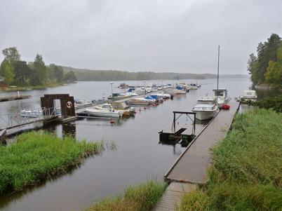 25 september 2010 - Sommaren och båtsäsongen är över.