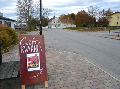 14 oktober 2010 - I skogen pågår älgjakten och café Kvarnen ordnar älgfest.