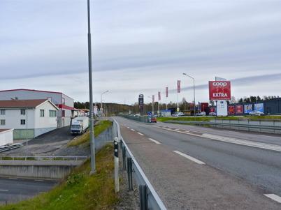24 oktober 2010 - Lågprisvaruhuset Gränslöst och coop EXTRA vid E18.