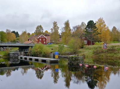 9 oktober 2010 - Området vid övre slussen med den gamla slussvaktarbostaden.