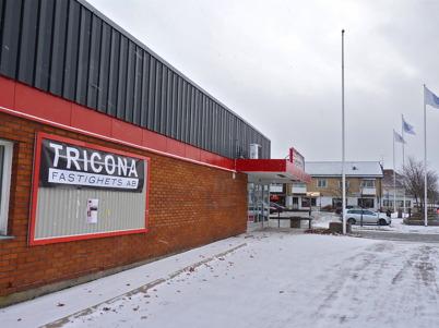 24 november 2010 - Olympus fastighets AB har överlåtit ägandet av den tomma butiks-fastigheten vid torget till dotterbolaget Tricona fastighets AB.