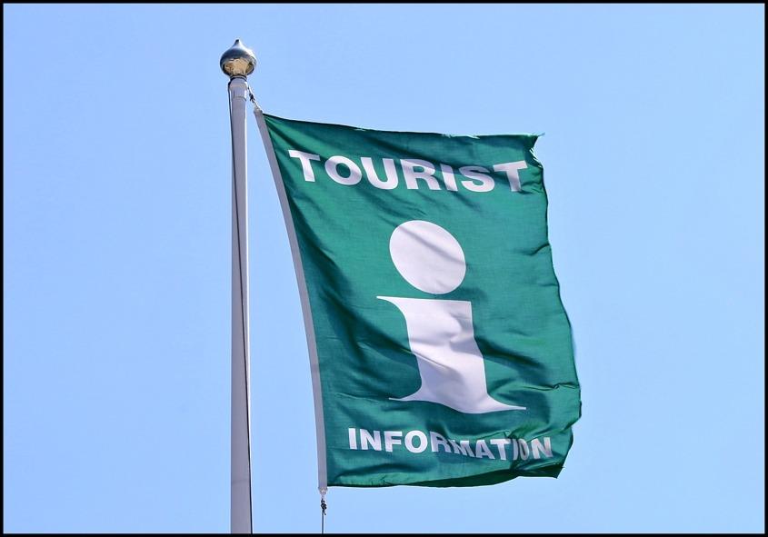 28 maj 2014 - Eurotax sköter servicen med information till turisterna som kommer till vår kommun.