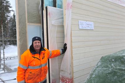 28 januari 2014 - Malte Johansson bygger ny gränsbutik.