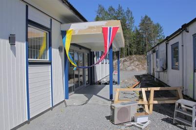 29 maj 2014 kl 11.00 - Dags för invigning av nya Eurotax-butiken. Se bilder på särskild sida.