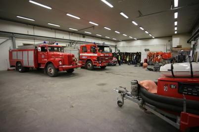 25 januari 2016 - Äntligen kunde Töcksfors Räddningstjänst lämna den tillfälliga brandstationen på Ståltorpets industriområde . .