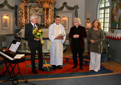 24 april 2016 - Församlingsprästen Ole Olsen avtackades i Töcksmarks kyrka.