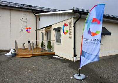 29 april 2016 - Företaget CREFORMA hade öppet hus med invigning av nya lokaler på Ståltorpets industriområde.
