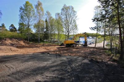 12 maj 2016 - Wermland mechanics skapade ny parkering på gamla Folkets Hus tomten.